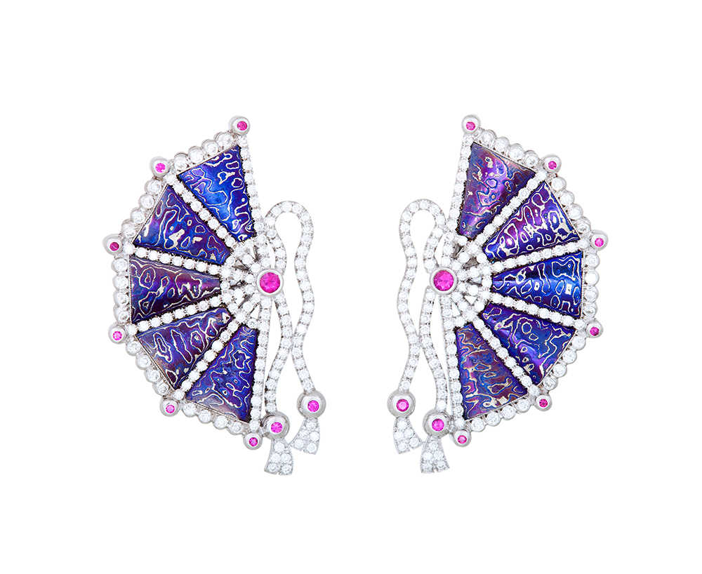 JAPAN BREATH EARRINGS 1